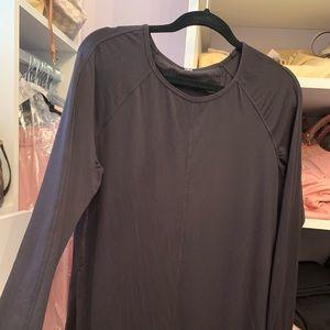 Women Lululemon t-shirt size L
